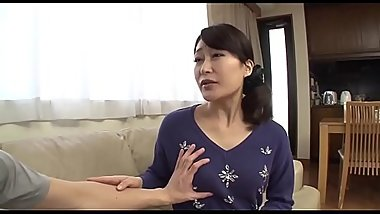 mom saw my pervert magazines - Dirtyjav.com