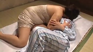Mature nihonjin hot babe plays part1