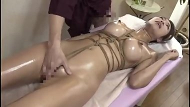 Japanese MILF is addicted massage