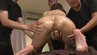 japanese MILF massaged and fucked by multiple guys 1