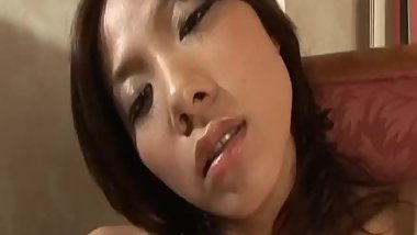 Rena Kousaki puts vibrator on tits and crack