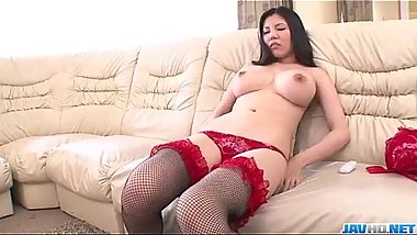 Perfect toy solo along brunette milf Sofia Takigawa
