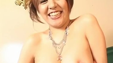 Mina Nakano has juicy boobies out of bra